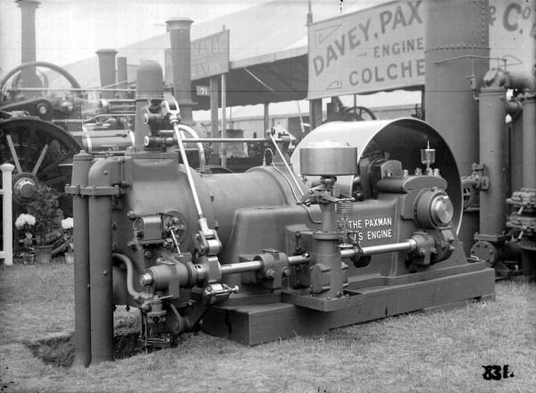 Paxman gas engine at the Royal Show, Norwich, 1911